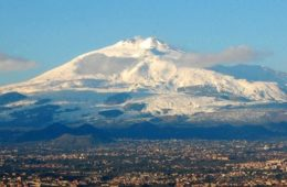 volcán etna nevado