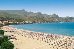 playa-giardini-naxos-sicilia