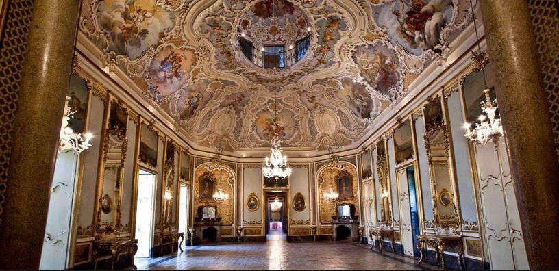 interior del palazzo biscari en catania