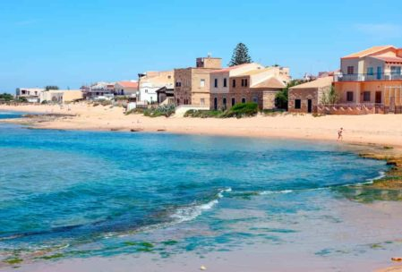 playa punta secca en Sicilia