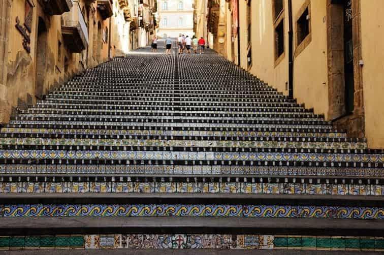scalinata caltagirone sicilia